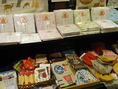 店内入り口では奈良の雑貨販売中♪