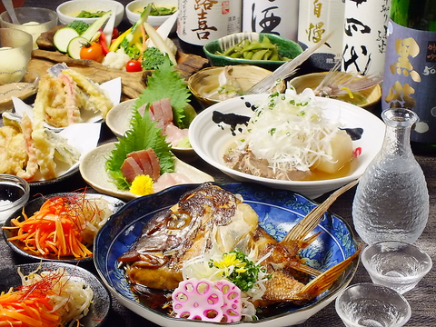 和モダンの落ち着いた雰囲気の店。築地直送鮮魚とこだわりの日本酒を堪能できる店!