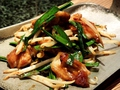 料理メニュー写真鶏ハラミの辛味噌鉄板焼き