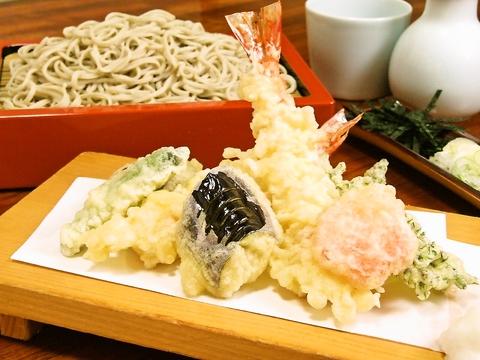 自家製粉石臼引きの蕎麦が自慢★60名までの大型座敷宴会も可能。会席コース3780円~!!
