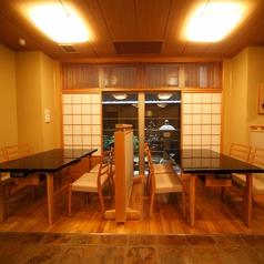 【1F】お手軽にお食事を楽しんでいただけるテーブル席