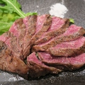 料理メニュー写真【国産】和牛カタロースステーキ 200g