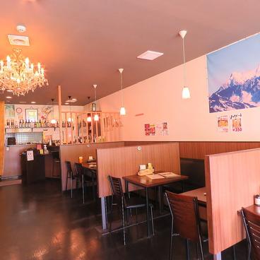 インド料理&カフェ ルンビニ LUMBINIの雰囲気1