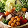 サラダバー、カレー、スープも食べ放題♪サムギョプサルやジンギスカン、BBQから和牛まで幅広い食べ放題メニューも人気の秘訣です♪すべての食べ放題コースにはこちらのビュッフェ食べ放題も付いておりますのでバラエティ豊かにお楽しみいただけます。期間限定ラムしゃぶや豚しゃぶも人気の食べ放題コースです。
