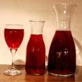 【がぶ飲みワインが安い】グラス500円、Mサイズ1300円、Lサイズ2400円