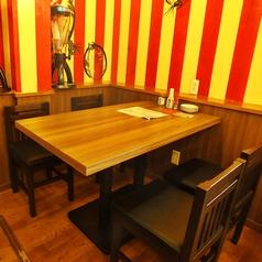 4人掛け テーブル席