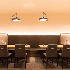 明るく広い店内は、ご家族、ご友人とのお食事にぴったり☆バラエティ豊かなイタリアンやスイーツを食べながら、楽しくお過ごし頂ける空間をご用意しております♪