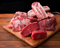 肉は鮮度が命!店内加工にこだわった新鮮なお肉