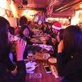 貸切時は26名様迄着席可能!仲間同士や同僚とのパーティーにおすすめ!立食時は40名様まで楽しめます♪2時間飲み放題に料理4品付き!!お1人様1800円(税別)