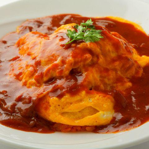 ランチメニュー、ディナーメニュー、ドリンクメニューも新しくリニューアル!こだわりの食材を使用したイタリアン料理を中心にお酒にピッタリのオリジナルメニューが満載♪