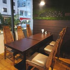 6名様用テーブル席×2