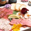 料理メニュー写真冷製お肉4種盛り