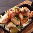 """【龍馬が愛した""""軍鶏""""を堪能】軍鶏ならではの豊かな旨味と、独特歯ごたえ!鮮度抜群!新鮮な軍鶏を使用した創作料理を是非ご堪能ください◎"""