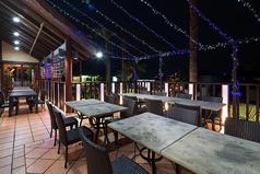 夏季限定のテラス席!雰囲気も良くオシャレです。ビアガーデンも期間限定で開催します。