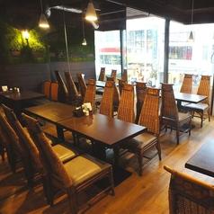 8名様用テーブル席×1