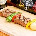 料理メニュー写真オーストラリア産短角牛のブロシェット
