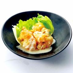 料理メニュー写真鶏なんこつ唐揚げ/秘伝仕込み 若鶏唐揚げ/天然えび(えびまよ)