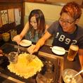 【お店に行ってみました♪】やっぱりみんなでワイワイしながら作って食べるのが楽しいね♪自然と会話も盛り上がる!