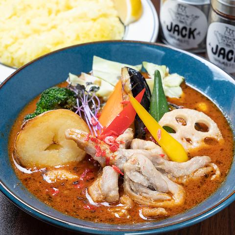 辛さを調節できるだけでなく、ライスの量やスープも3種類から選べます★980円~