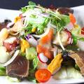 料理メニュー写真痛快海鮮サラダ