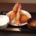 料理メニュー写真ミックスフライ定食