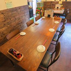 ≪4名様×2卓/6名様×1卓≫女子会や飲み会に◎なテーブル席をご用意!レイアウト変更も自由の為、ご利用人数・シーンに合わせてご利用下さい♪