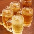 生ビールやホッピー、生の果実入りサワーなど100種以上のドリンクメニューを揃えております。たくさん飲みたい方には90分単品飲み放題980円がオススメです♪