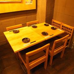 テーブル席もございます♪