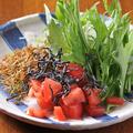 料理メニュー写真じゃこと水菜の大根サラダ