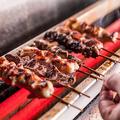 料理メニュー写真紀州備長炭で焼き上げる極上の焼き鳥