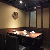 4名様テーブル席(写真は系列店)