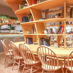 ELOISE's Cafe ハンマーヘッド店の雰囲気1