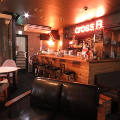 Cafe&Bar crossB カフェ&バー クロスビーの雰囲気1
