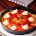 料理メニュー写真海老とトマトのスペイン風チーズオムレツ