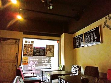 AK cafe&Barの雰囲気1