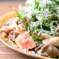 料理メニュー写真foursサラダ