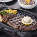 料理メニュー写真特上リブロースステーキ/特上サーロインステーキ 各250g