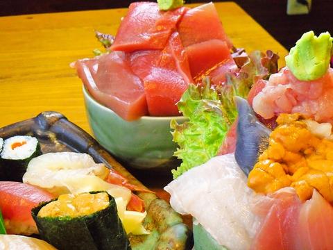 ネタが大きくボリュームたっぷりの寿司が評判。遠方からも食べにくる人気ランチがある