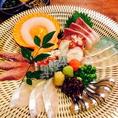新鮮鮮魚、とことん素材にこだわった【神田有薫】お刺身は勿論、野菜の素材もこだわっております。喜ばれる接待のコース料理もございます。お食事処をお探しの方も、居酒屋をお探しの方も、迷われたら是非1度神田有薫にお立ち寄りください。