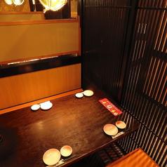 少人数でご利用いただけるテーブル席です。接待などの会食にも♪カップルでのお食事にも適しています。