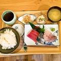 料理メニュー写真本日の鮮魚、お刺身3種セット