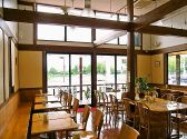 ティーワンズバーガーカフェの雰囲気3