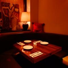 【個室】2名様~4名様まで。ご予約はお早目に☆チャージ代として御一人様1000円頂戴します。