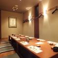 【2階】掘り炬燵の個室は12名様迄。お部屋を繋げて最大24名様迄の個室に。