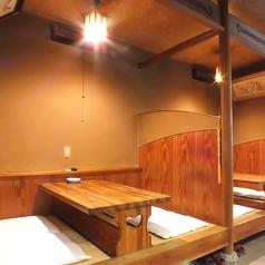 店内入って右側のテーブル席。少人数のお集まりに気軽に使いやすい席☆