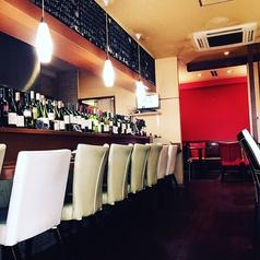 お洒落なカウンターで本格イタリアンをお召し上がりください!