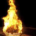 一番のおすすめは宮崎名物もも炭火焼。噛むほどに旨みがあふれる絶品。地鶏の美味しさがすぐに分かります。