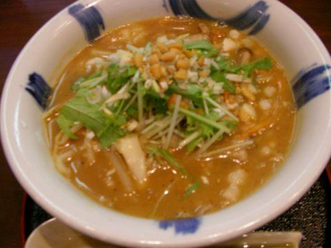 自慢の特製ブレンド味噌と、7種類の野菜をふんだんに使った絶品味噌野菜らーめん。