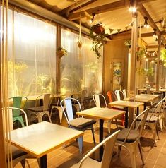 カフェ&ビアテラス カリフォルニアカフェの雰囲気1