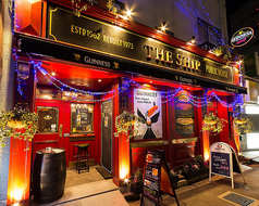 THE SHIP Public House ザ シップ 博多 祇園店の写真